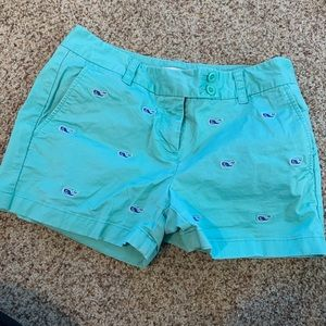 Vineyard vines chino shorts- whale detailing